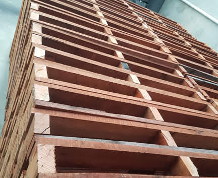 Stackable-WERKS-Timber-Pallets_wooden